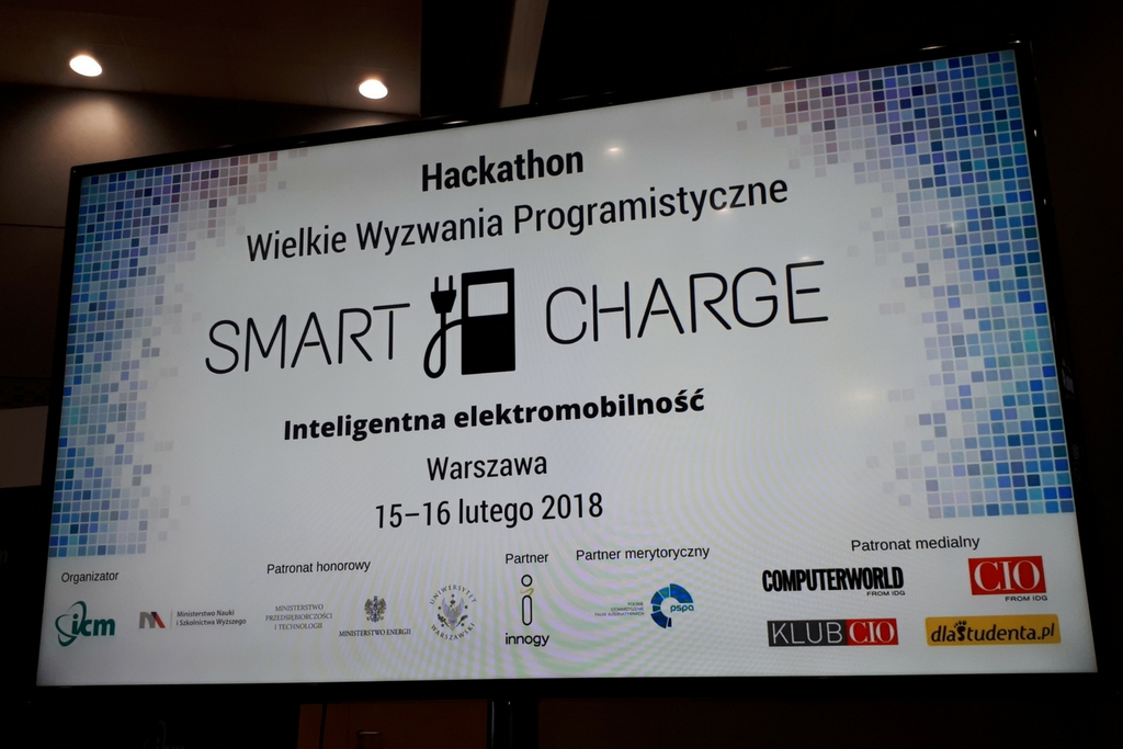 """Przedstawiamy zwycięzców hackathonu """"Smart Charge – Inteligentna elektromobilność"""""""